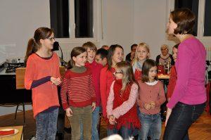 Kinderchor auf der Weihnachtsfeier